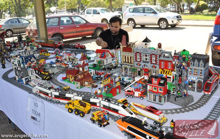 Una ciudad grande hecho de Lego